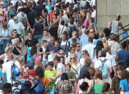 festival_people.jpg